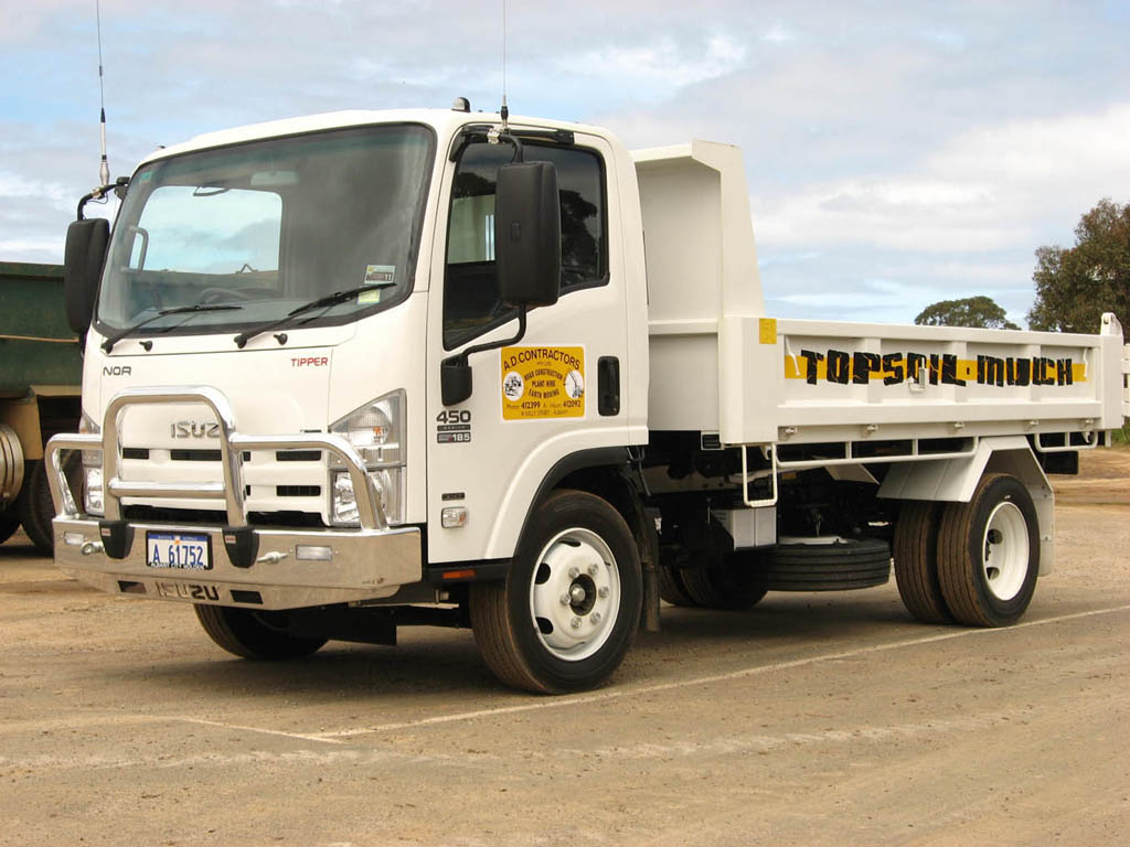 Isuzu-truck-134